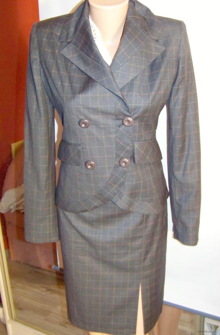 Клетчатый коричневый костюм: пиджак и юбка (Ольга Егорова)
