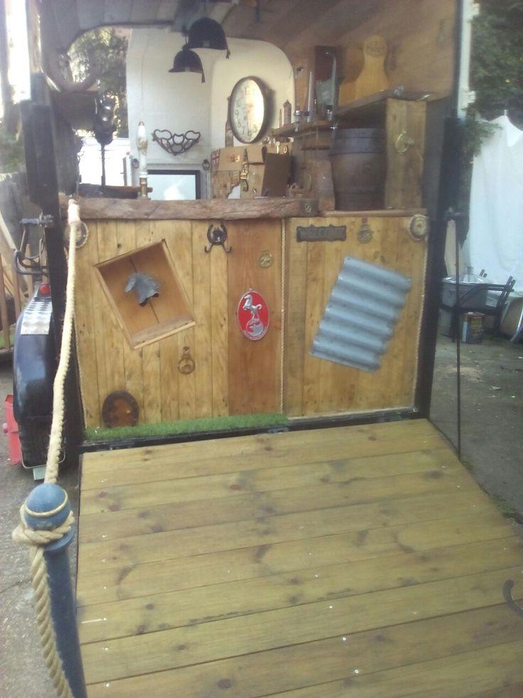 The rear ramp of the horsebox bar