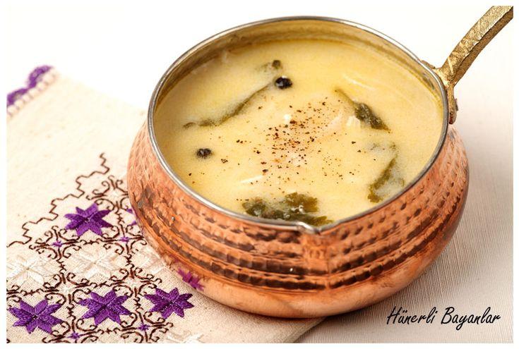 """BİR TARİF, ÜÇ SEÇENEK… Bu çorbayı yaparken, bir çok aşamasında tadına bakıp, şu cümleyi tekrarladım; """"başka bir şeye gerek yok, böyle bile..."""