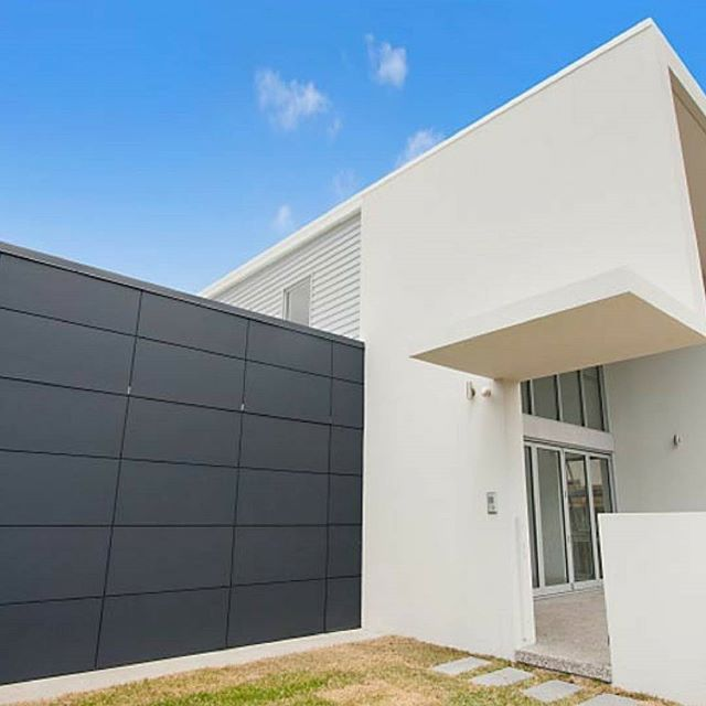 Scyon Matrix is an incredibly versatile building material. It can be used vertically, horizontally or even diagonally to create unique, eye catching designs that are durable and long lasting.    #australianarchitecture #architecture #exterior #exteriordesign #scyonwalls