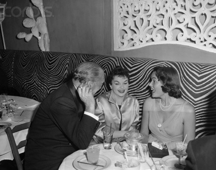 Gene with Michael Curtiz and Judy Garland.