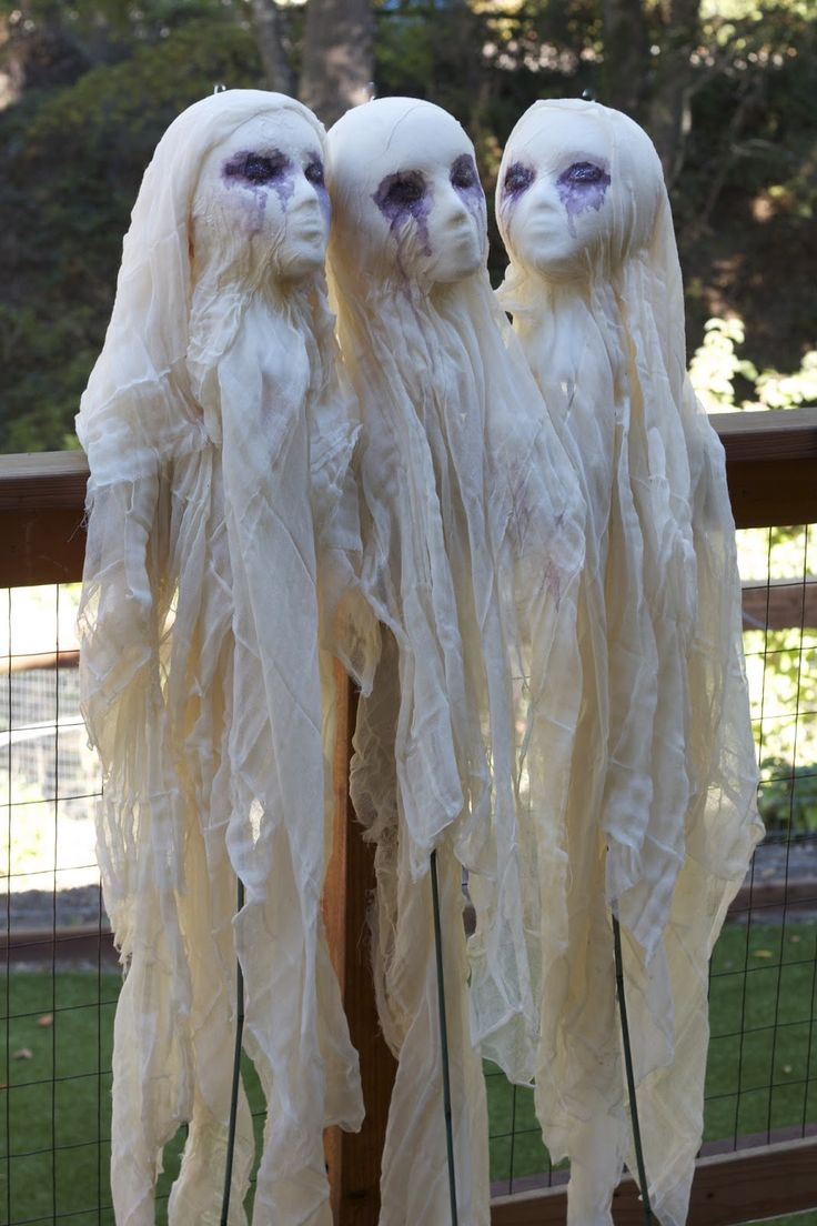 Cheesecloth ghost, DIY, halloween, DIY halloween decoration