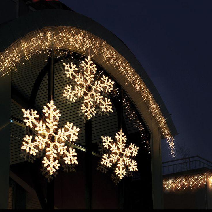 En flott stjerne siluett til utebruk fra Star Trading. Passer godt til bruk på hus eller garagevegg.