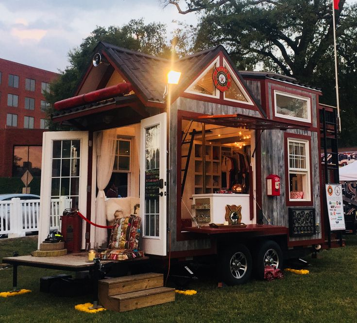 Tiny Home Designs: Best 25+ Old Country Houses Ideas On Pinterest