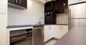 President Apartments - Full Kitchen - Surfers Paradise Family Accommodation