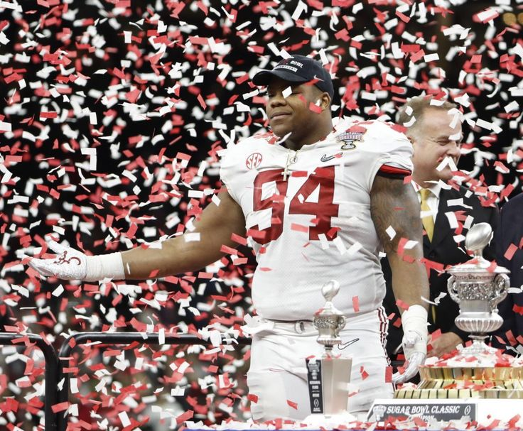 Da'Ron Payne celebrates - USA Today pics from Alabama's 24 - 6 Sugar Bowl victory over Clemson in the CFP Playoffs. #Alabama #RollTide #Bama #BuiltByBama #RTR #CrimsonTide #RammerJammer #CFBPlayoff #SugarBowl #CFBPlayoff2018
