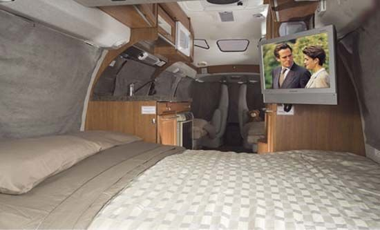 Roadtrek 190 Versatile Class B Motorhome Interior Bed Arrangement Conversion Van Pinterest