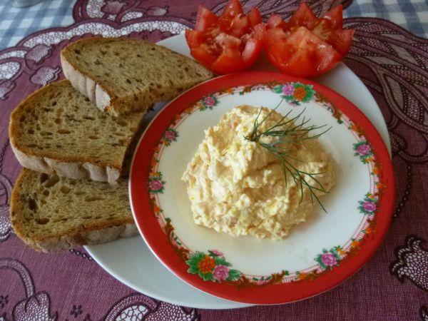 Chutná vajíčková nátierka - Recept pre každého kuchára, množstvo receptov pre pečenie a varenie. Recepty pre chutný život. Slovenské jedlá a medzinárodná kuchyňa