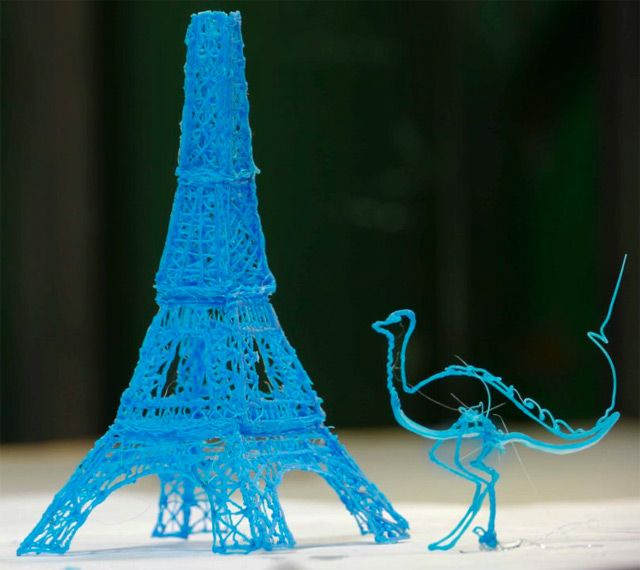 The World's First 3D Printing Pen that Lets you Draw Sculptures in Real Time