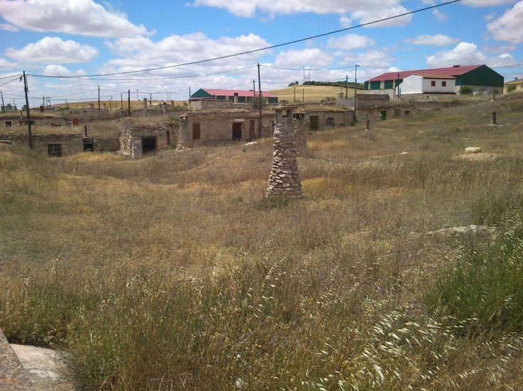 Bodegas antiguas subterráneas en Torquemada. Palencia. Arlanza.