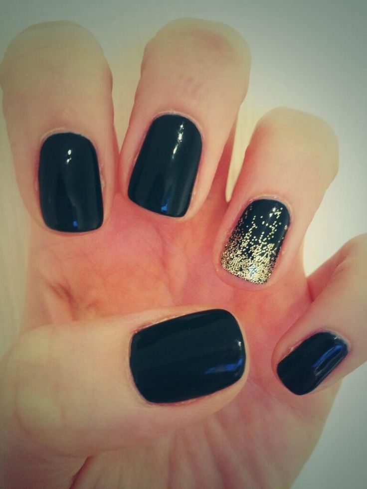 Jessica GELeration Blue Aria with Gold Time to Sparkle loose nail art glitter. Created by Claire Newson.