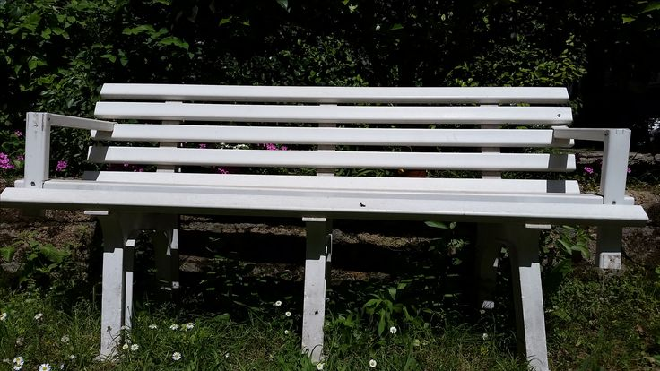 Contemplation bench in Rome Italy  http://www.just-commece.net