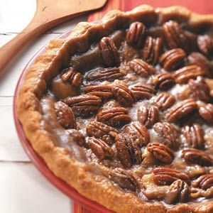 Pie Crust Recipes from Taste of Home, including Apple Praline Pie with homemade crust
