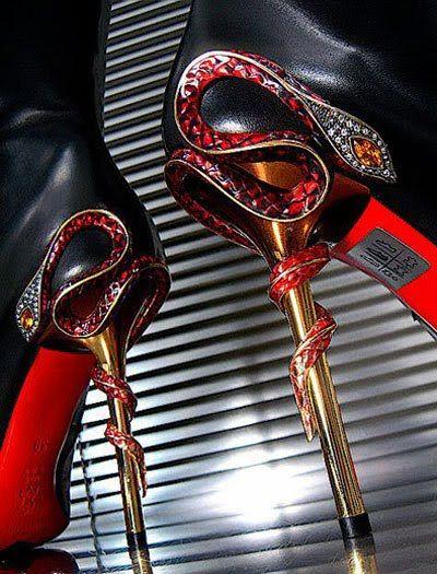 Gianmarco Lorenzi snake heels