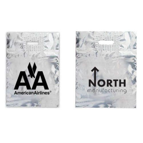 紙袋を激安で制作しているI Love Paper Bagは、オリジナルの楕円抜きビニール袋をリーズナブルに生産いたします