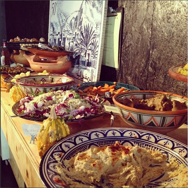 The best brunch in Helsinki. Saturdays a Middle Eastern vegetarian brunch buffet, on Sundays also meat available. In the evenings it becomes one of the most popular bars/dinner places in Kallio district.