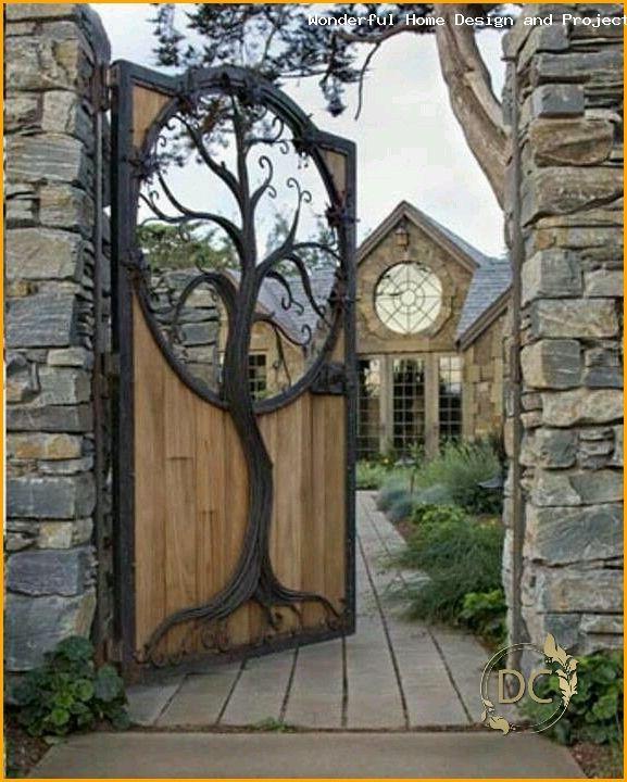 Baumeinlage Im Holzernen Tor Garten Baumeinlage Garten Holzernen Im Tree Insert In T In 2020 Wooden Gates Woodworking Shop Layout Woodworking Plans Workbench