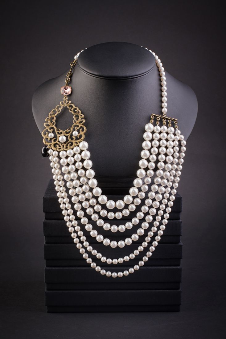 Gorgeous Multi-Strand Pearl Necklace