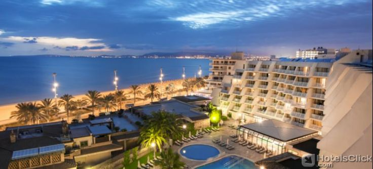 Located in front of the sea of #Mallorca, the Hotel Iberostar Royal Playa de Palma Aparthotel is the ideal solution for families with children and couples. All rooms are equipped with satellite TV, minibar, private balcony, air conditioning and Wi-Fi connexion. #IberostarRoyalPlayadePalma  #spain https://www.hotelsclick.com/hotels/spain/majorca-balearic-islands/47172/hotel-iberostar-royal-playa-de-palma-aparthotel.html