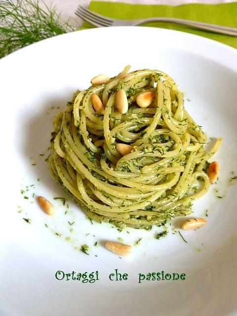 Pasta con pesto di finocchietto (spaghetti)