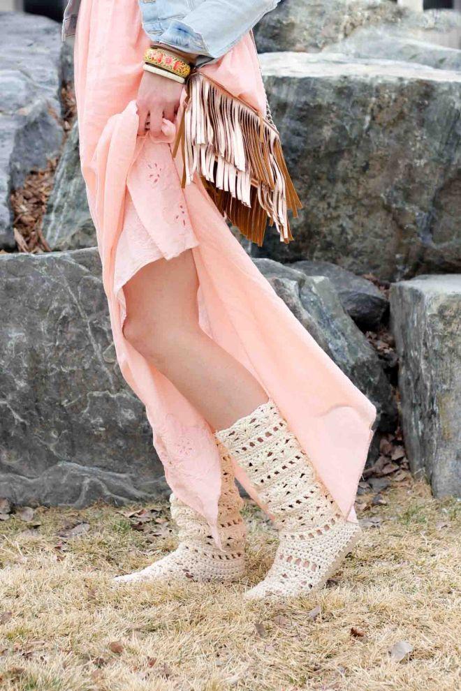 e9a8aa803 Coachella Boots – Free Crochet Shoe Pattern with Flip Flop Soles – DIY    Craft