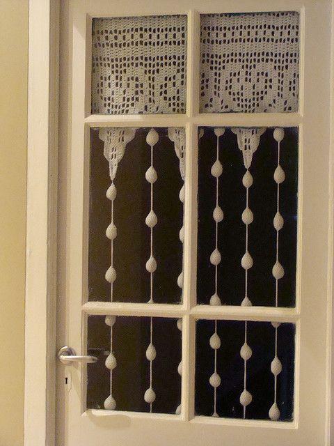 window crochet. Cortina de ganchillo