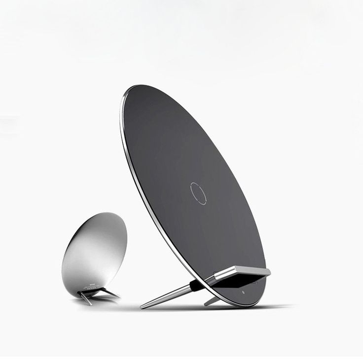 MOON W7 Wireless Qi Charger for Phones and Tablets