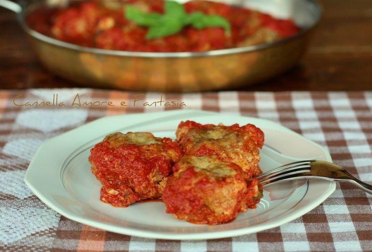 Le polpette in umido di nonna Vannina sono una ricetta di casa mia da generazioni,tipiche siciliane,veloci,golose e senza frittura,cotte direttamente in padella