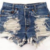 Re-using old jeans to make cute cut-offs for summer... i'm definitely gonna have to try this with my endless supply of jeans i don't wear anymore!