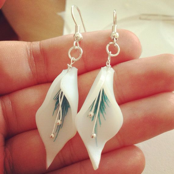 Hey, I found this really awesome Etsy listing at https://www.etsy.com/listing/155870802/shrink-plastic-lily-flower-earrings-lily