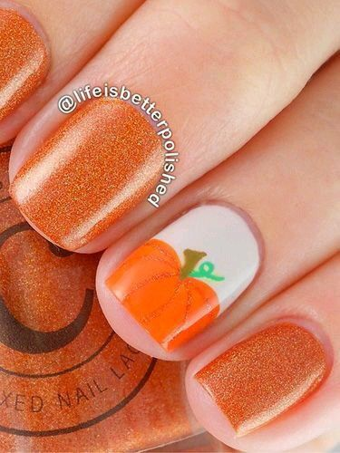 Love the pumpkin, so cute. These nails are perfect for fall time!