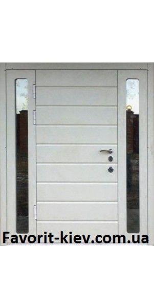 Входная бронированная дверь со стеклопакетом, модель «Арабика в слоновой кости»