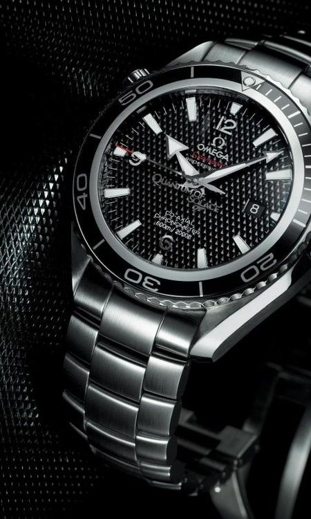 Omega 'Quantum of Solace' limited edition. I want this one.