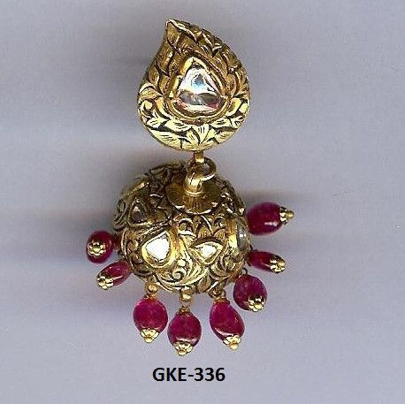 Kundan Meena Earring GROSS WT.(gm.): 36.550 GOLD WT.(gm.): 22.070 SILVER WT.(gm.): 9.630 DIA WT.(ct.): 0.000 POLKI WT.(ct.): 1.750 STONE WT.(ct.): 22.500 PEARL WT.(ct.): 0.000