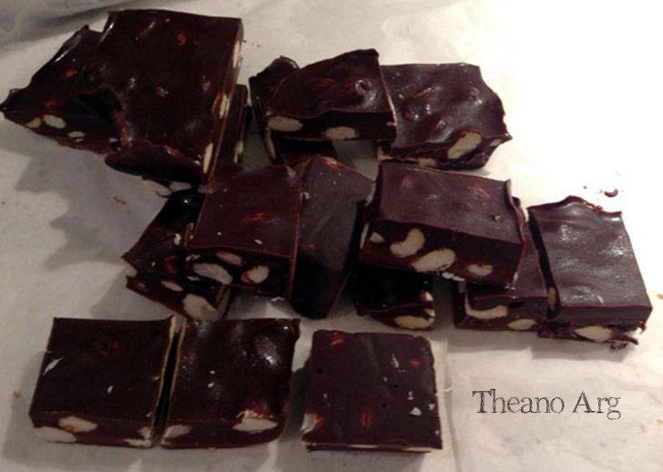 Σοκολάτα με αμύγδαλο