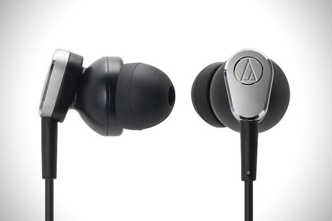 Peaceful Pieces: The 5 Best Noise-Cancelling Earbuds
