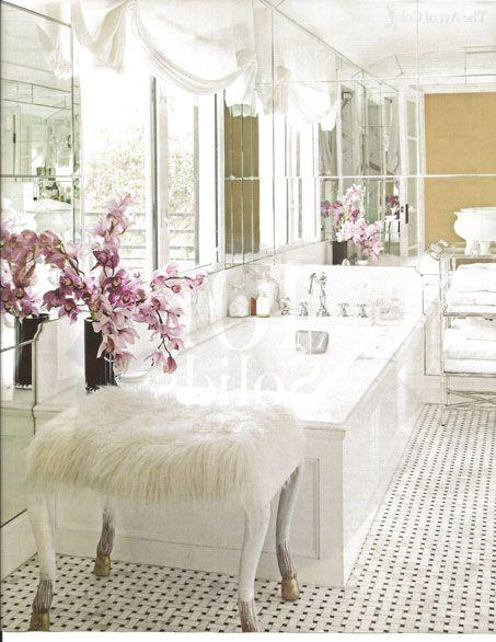 Martyn Lawrence BullardBathroom Design, Powder Room, Mirrors Wall, Gorgeous Bathroom, Dreams Bathroom, Beautiful Bathroom, Master Bath, White Bathroom, Decor Blog