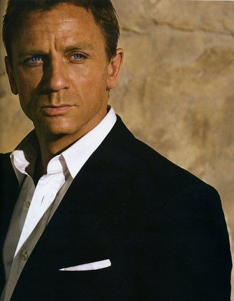 "Daniel Craig ""James Bond"" Sexy"