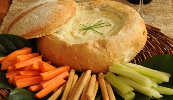 para teletransportarse a Suiza... fondue de queso en pan