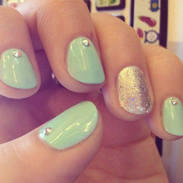 EatYourKimchi's Martina's nails: Minti Nails, Mint Green, Gold Nails, Mint Nails, Accent Nails, Nails Colors, Summer Nails, Nails Ideas, Gold Accent