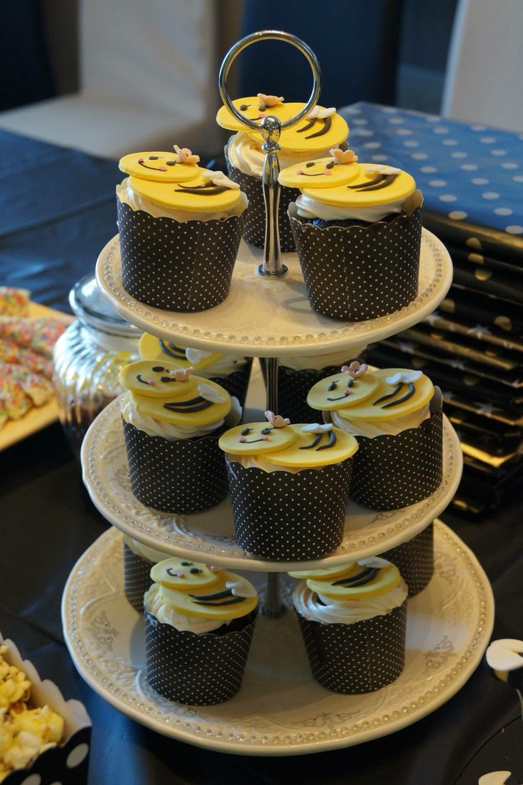 Ayra's 3rd birthday - Bumble Bee Cup Cakes