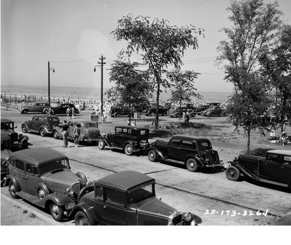 Hollywood and Sheridan in the late 30's ....where the outer drive starts