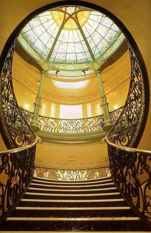 Palacio Longoria #Madrid en la confluencia de las calles Fernando VI y Pelayo. En la actualidad es la sede de la SGAE