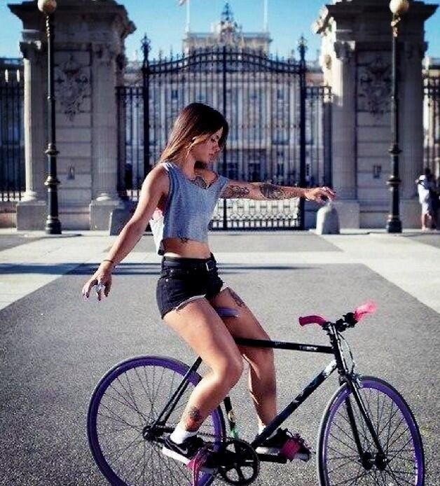 Grayson neh, wait - girls on the bikes :) yeah, youre damn right sister! Like this one in Madrid-La