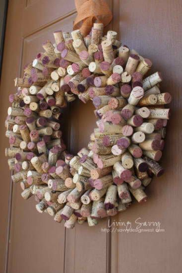 Wine Cork Wreath #DIY #wine #crafts