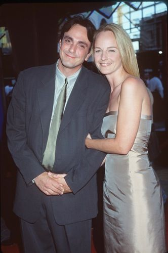 Helen Hunt and Hank Azaria Helen, 52, married Hank, 51, in 1999 but the two divorced just 17 months later in 2000. The actress has been in a relationship with producer Matthew Carnahan since 2001 and the couple have an 11-year-old daughter, Makena, together. Hank is now married to former actress Katie Wright, with whom he has a six-year-old son, Hal. Credit:  Getty Images