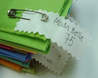 Bee In My Bonnet: a great way to keep track of solid fabric colors and manufacturers by this awesome labeling method.