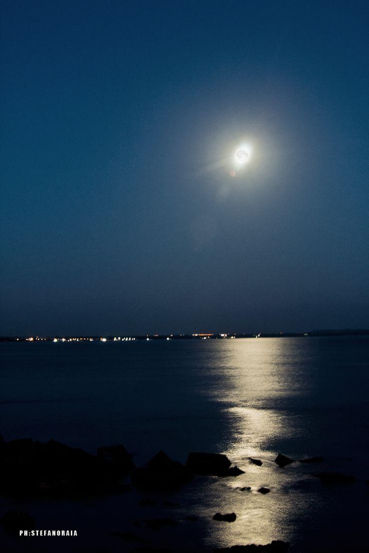 Golden sea in a Gallipoli's night