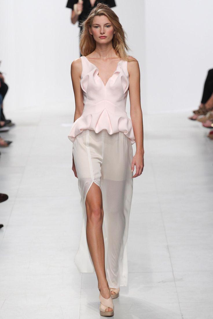 Chalayan Spring 2014 Ready-to-Wear Fashion Show