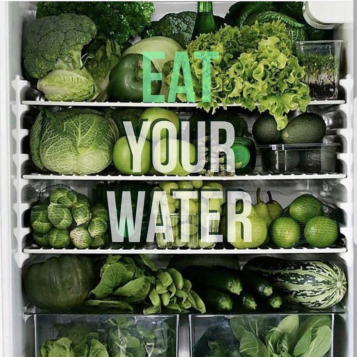 Eating raw veggies can account for 20% of your water intake.. It's important for us to get as much water to aid in nutrient transport and help us become more effective to run our own race! #water #CleanWater #CleanEnergy #Melanin #Greens #Suncycle #TheKingofGreens #kale #Spinach #VeggieMonster #Drinkwater #EatClean #Fitprenuer #Energy #Light #Love #HappySunday  Tag a friend who need to eat their Water and Veggies!!